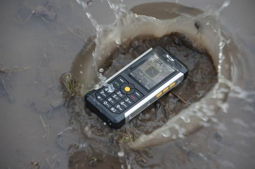 Новый мощный телефон Cat B100